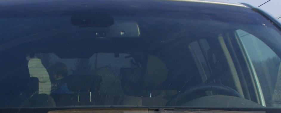 Medieșean de 17 ani, prins la volanul unui autoturism furat