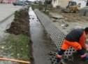 Avrig: Lucrări de taluzare a iazului din zona Sticla