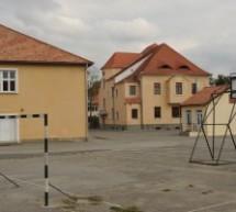 Sibiu: Curtea școlii va deveni teren de joacă și sport după orele de curs