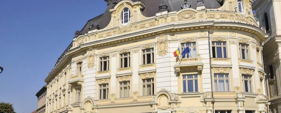 Primăria Sibiu distribuie persoanelor defavorizate tichetele sociale pentru mese calde