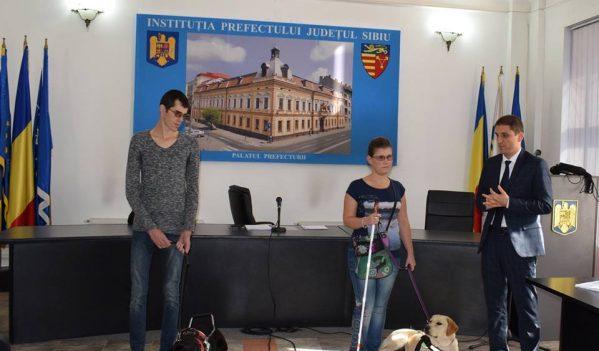 Sibiu: Liber acces pentru câinele-ghid al nevăzătorilor