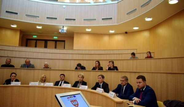 Polonia, interesată să investească în judeţul Sibiu
