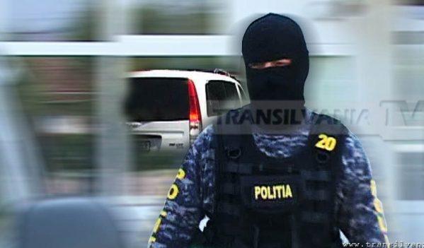 Percheziții în județul Sibiu, la persoane băbuite de trafic de droguri de mare risc