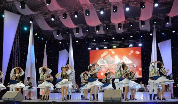 """Cea de-a 43-a ediție a festivalului internațional de folclor """"Cântecele Munților"""" va avea loc în perioada 1-6 august"""
