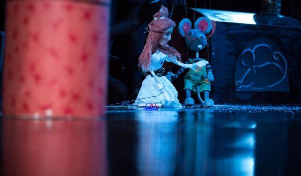 Spectacolul de animație cu marionete și actori, în Sibiu