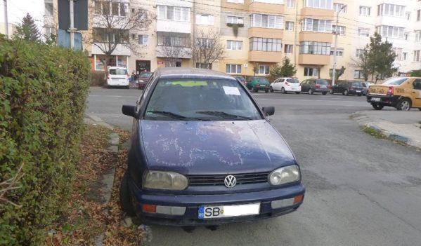 Autoturismele abandonate în Sibiu, ridicate de reprezentanții primăriei