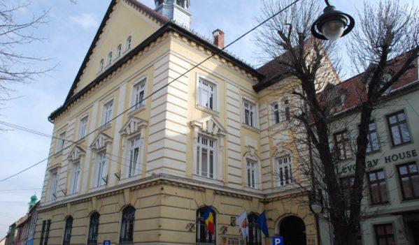 Consiliul Județean Sibiu păstrează legătura cu cetățenii