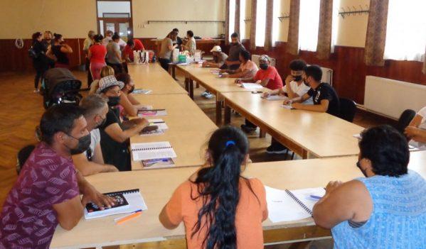 Comunitatea de romi din comuna sibiană Târnava se află în atenția Consiliului Județean Sibiu